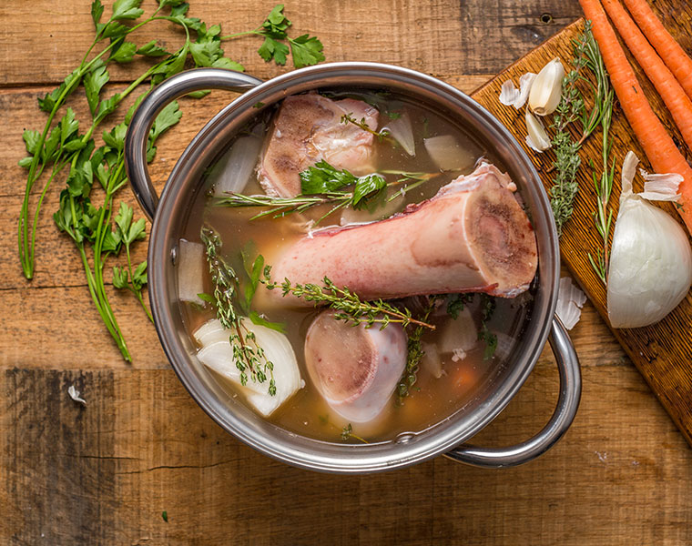 Drinking Bone Broth – Is it Beneficial or Just a Fad