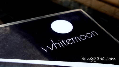 Enjoying My Lazy Afternoon at Whitemoon Bar