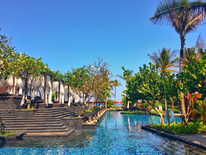 St.Regis Bali freshwater pool