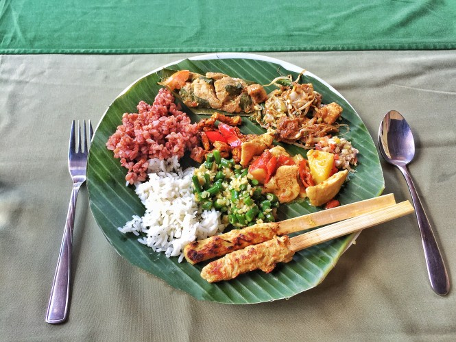 Paon Bali Cooking Class food