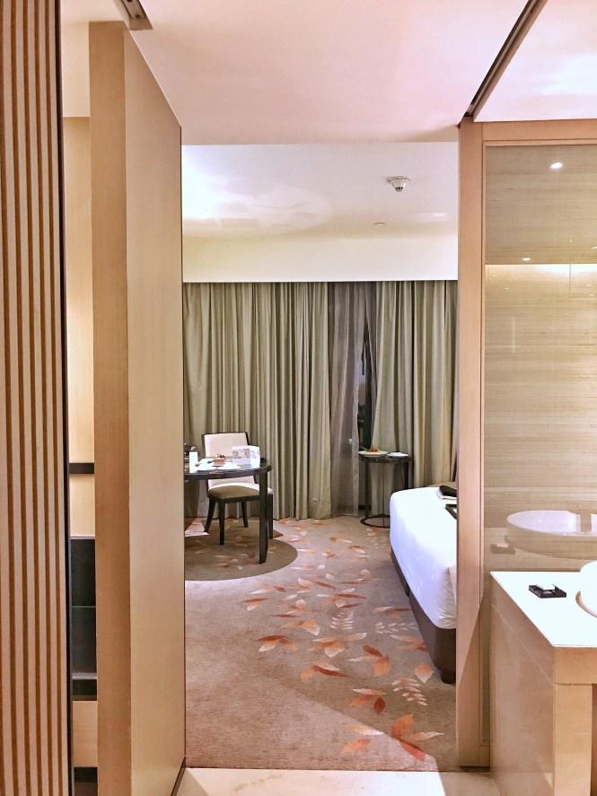 Okura Prestige Bangkok deluxe room