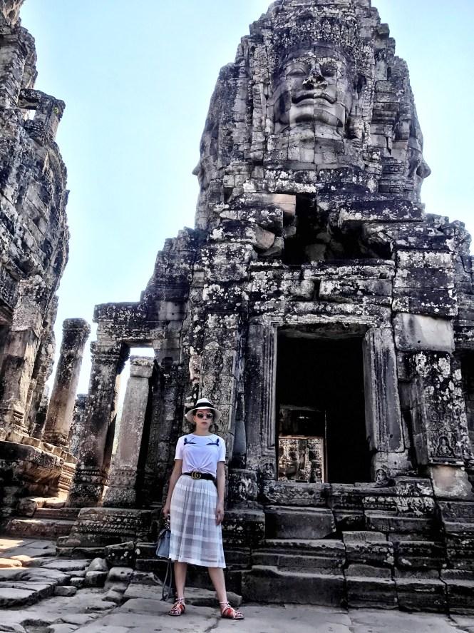 Angkor wat siem reap cambodia statue