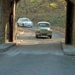Arrivée de la Renault 4cv et de la Renault 5 GT Turbo, 2 voitures emblématiques de la marque