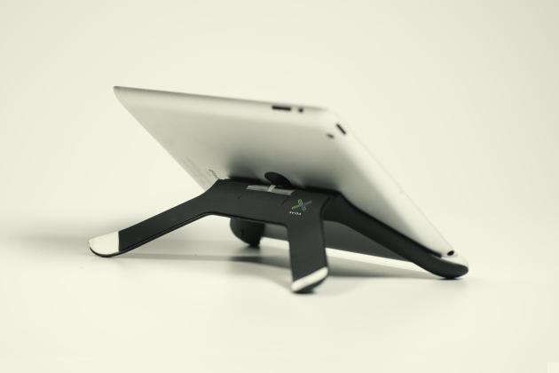 Boomerang - iPad Mount & Stand