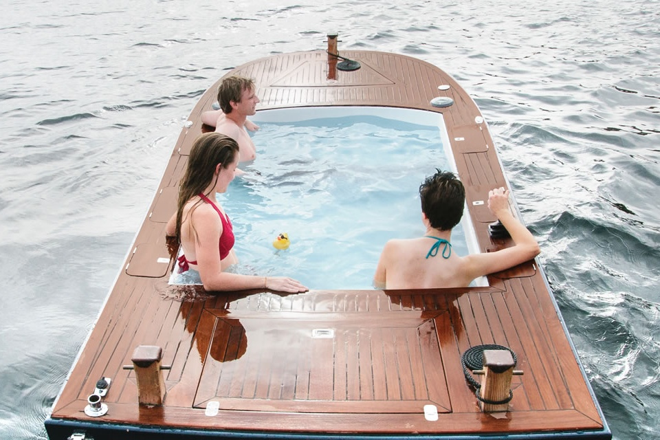 The Hot Tub Boat (2)