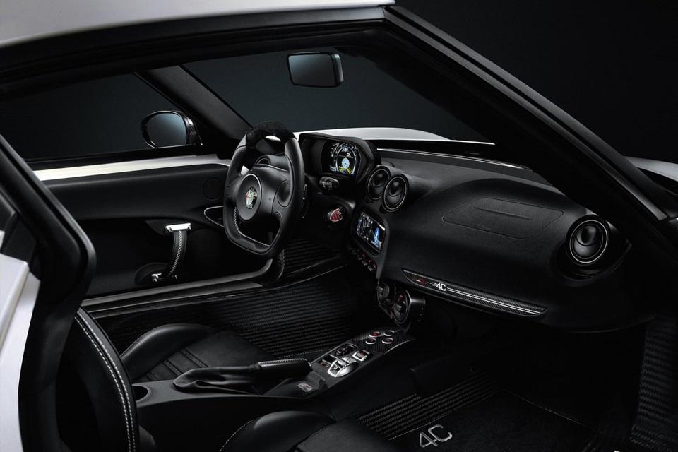 Alfa Romeo 4C Launch Edition (6)