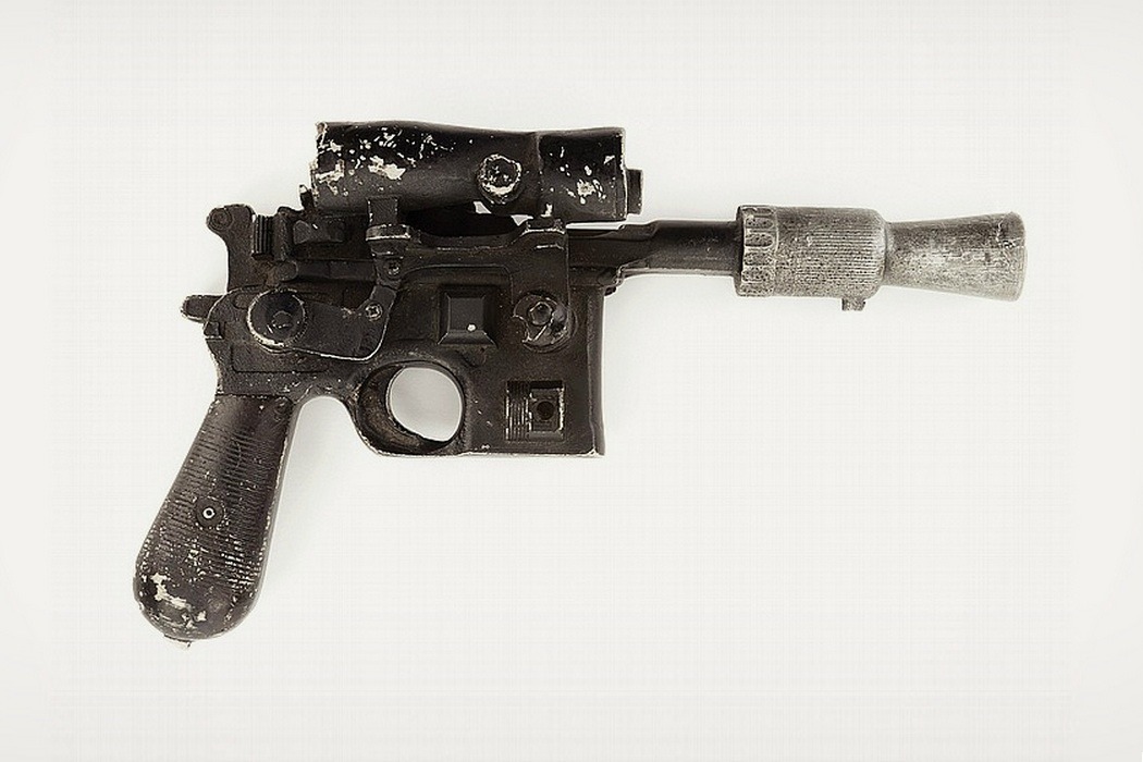 Han Solo`s Blaster From Star Wars Up For Bid (1)
