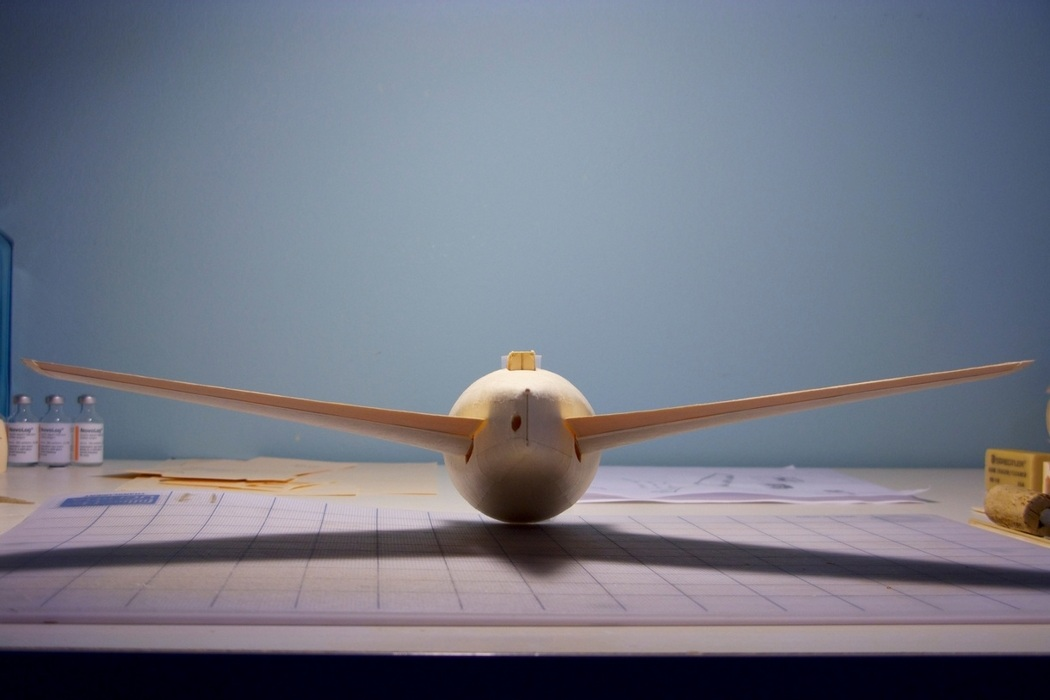 160-Scale Boeing 777 Built from Paper Manilla Folders (6)