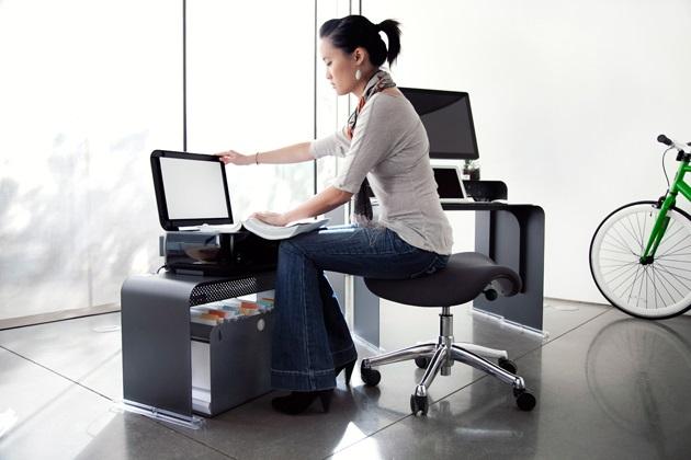 Oneless Space Saving Desk (2)