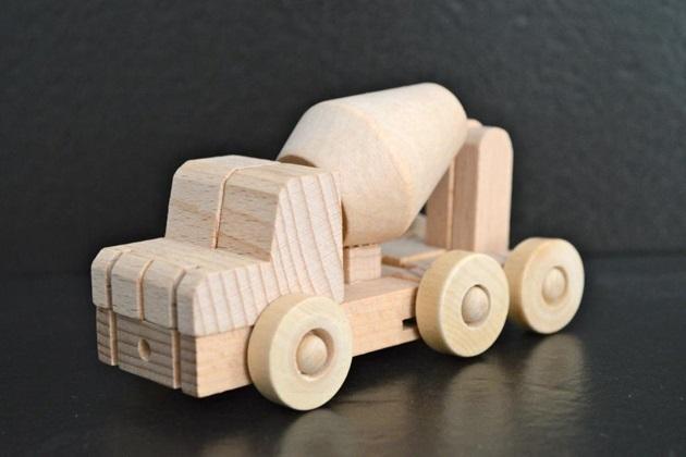 Meet WooBots Creative Wooden Robot Toy (6)
