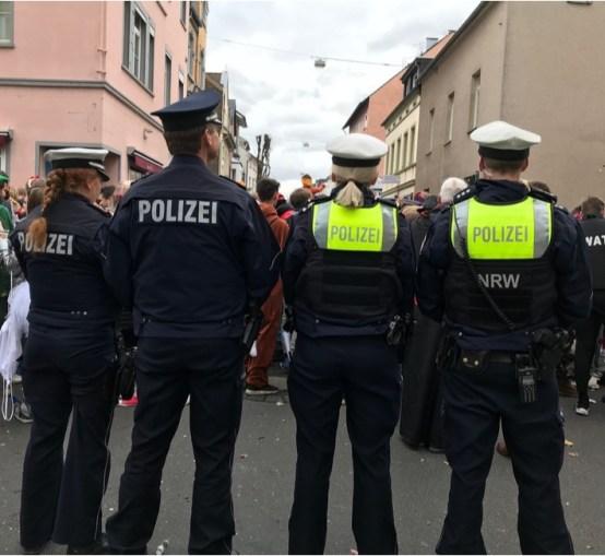 Weiberfastnacht: Zwischenbilanz der Bonner Polizei