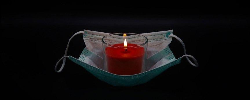 Europäische Schweigeminute für die Opfer der Corona-Pandemie