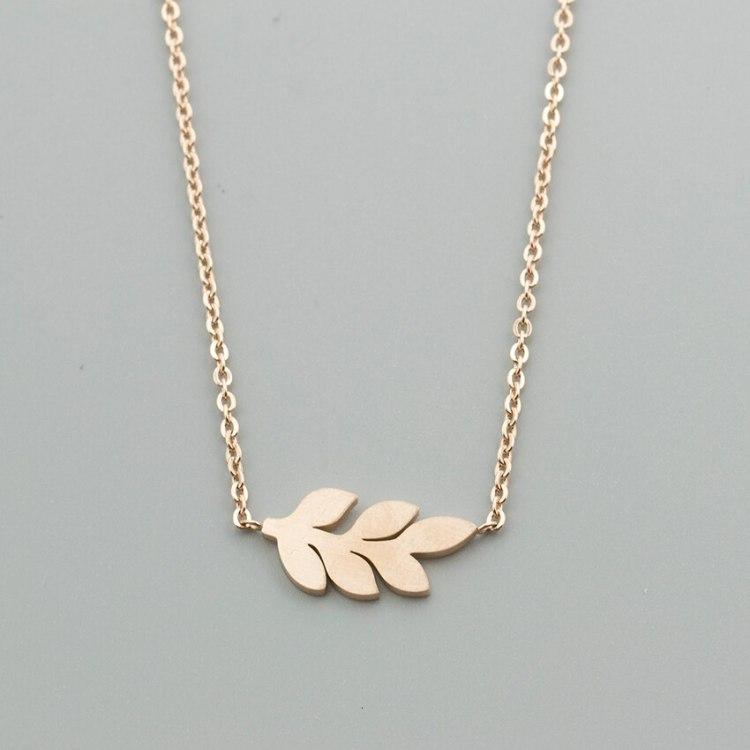 rose gold minimalist laurel leaf feminine boho jewelry fashion simple pendant necklace