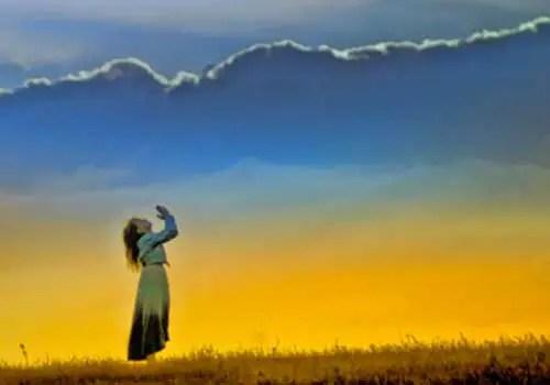 woman jesus worshipper