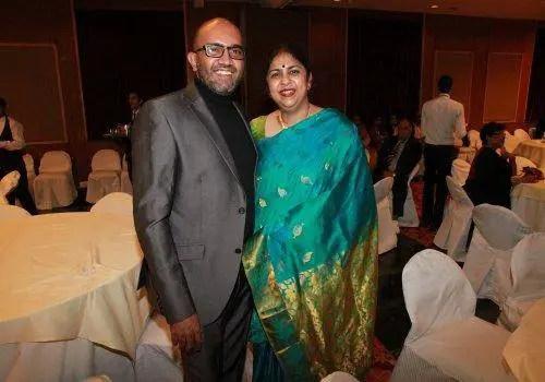 Riti kaunteya with her husband