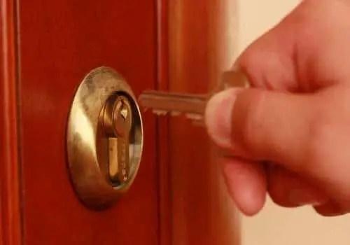 Door lock from inside
