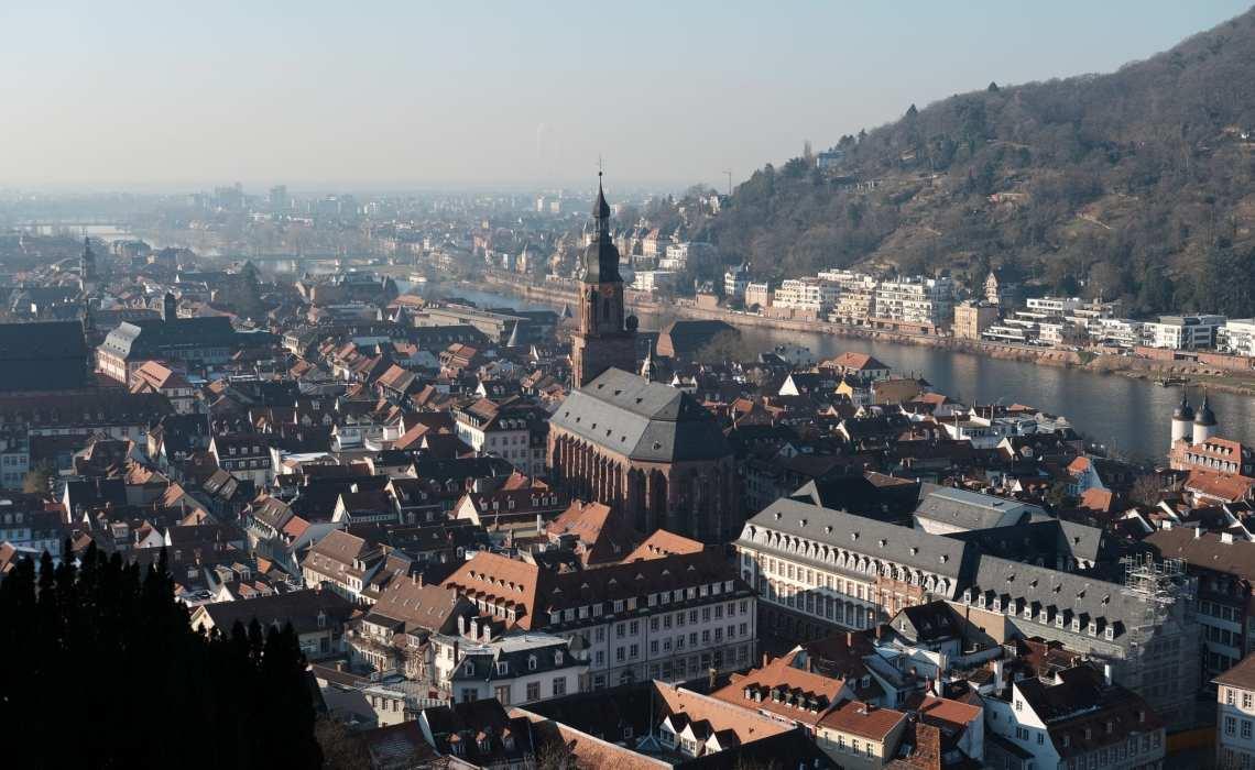 Vista da cidade de Heildelberg, na Alemanha, a partir do castelo