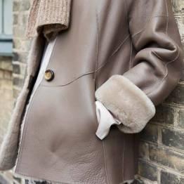 Freya shearling jacket bark Gustav