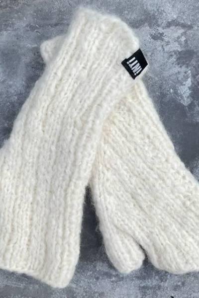 Huante dia ecru INTI knitwear