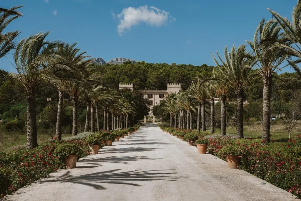 Staying at Castell Son Claret in Mallorca