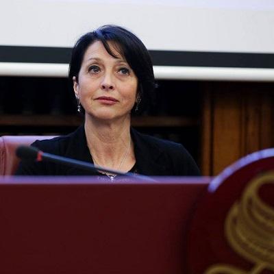 Senatrice Elena Ferrara
