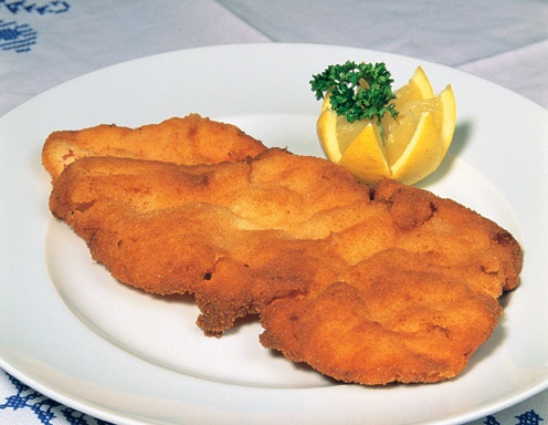 BEST of Austria food : the Wiener Schnitzel !