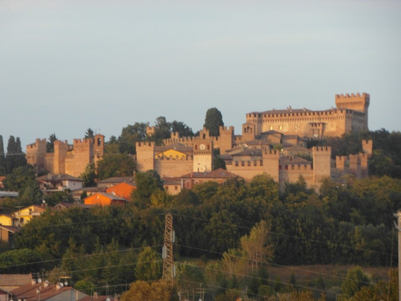 Gradara : If you love Romeo and Juliet, go to Gradara !