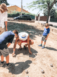 provence-with-kids-petanque-lesson-2