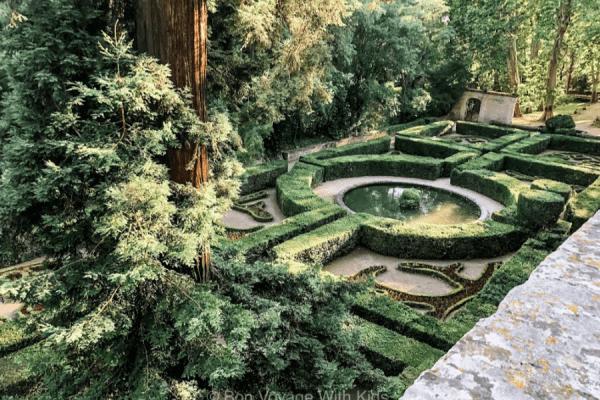 chateau-de-la-baren-garden