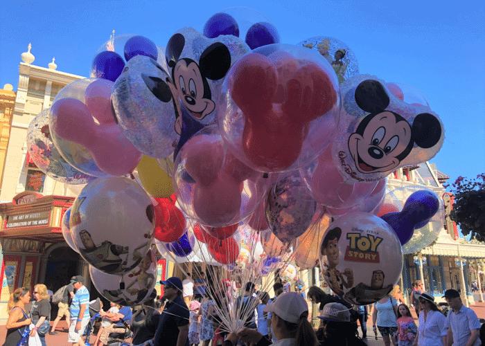 best disney world rides mickey balloons on mainstreet usa