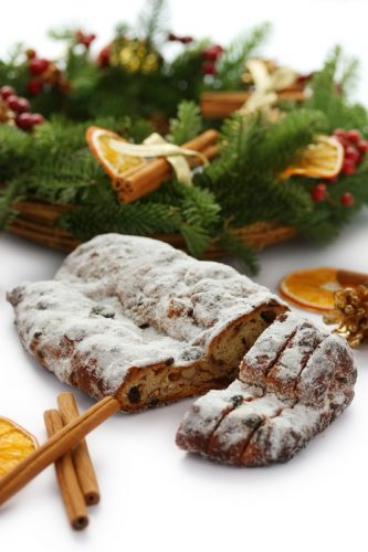 stollen wreath christmas desserts around the world