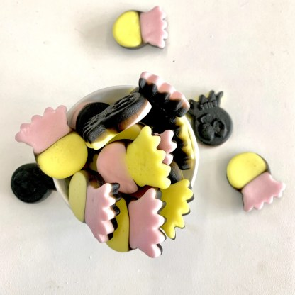 Bonza Confectionery - Liquorice + Fruit Octopus 1