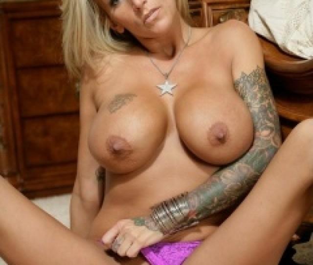 Farrah Porn Star