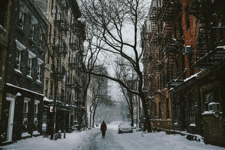 PoeticamenteVenerdì - Dicembre, poesia di Lina Galli
