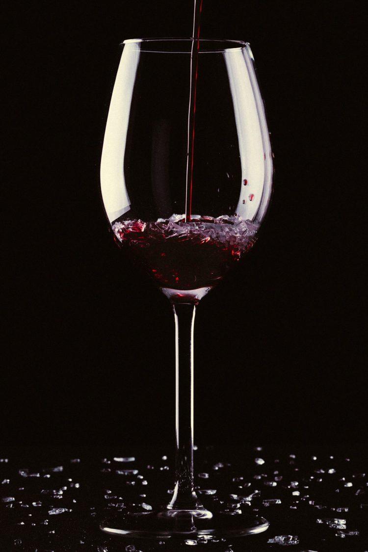 La poesia della settimana: Ubriacatevi di Charles Baudelaire