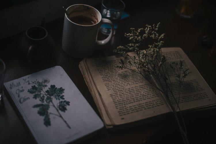 La poesia della settimana: Nel principio di Primo Levi