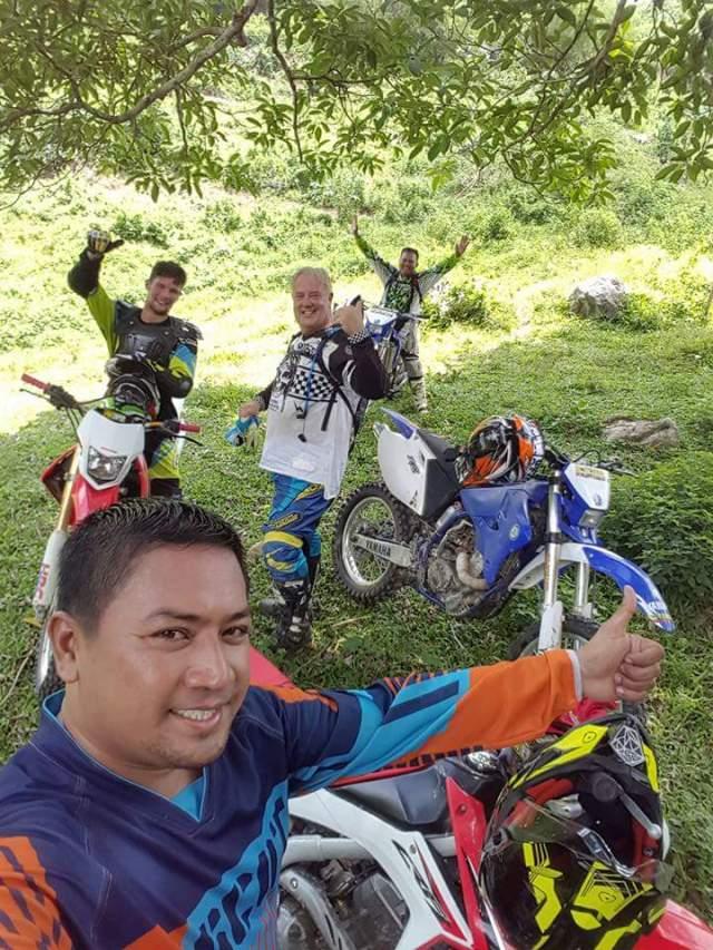 Motorbike tour Philippines/Book2wheel.com