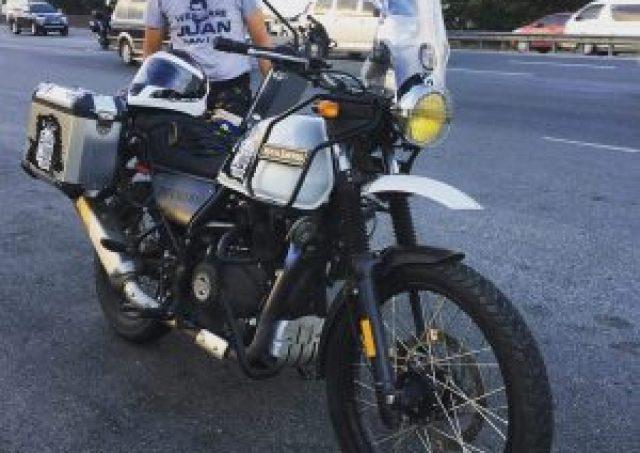 Rent- vehicle- motorbike- book2wheel