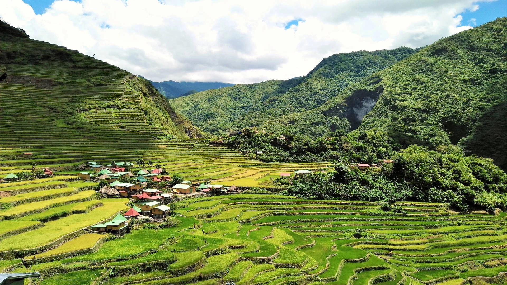 Getting from Manila to Banaue: A traveler review