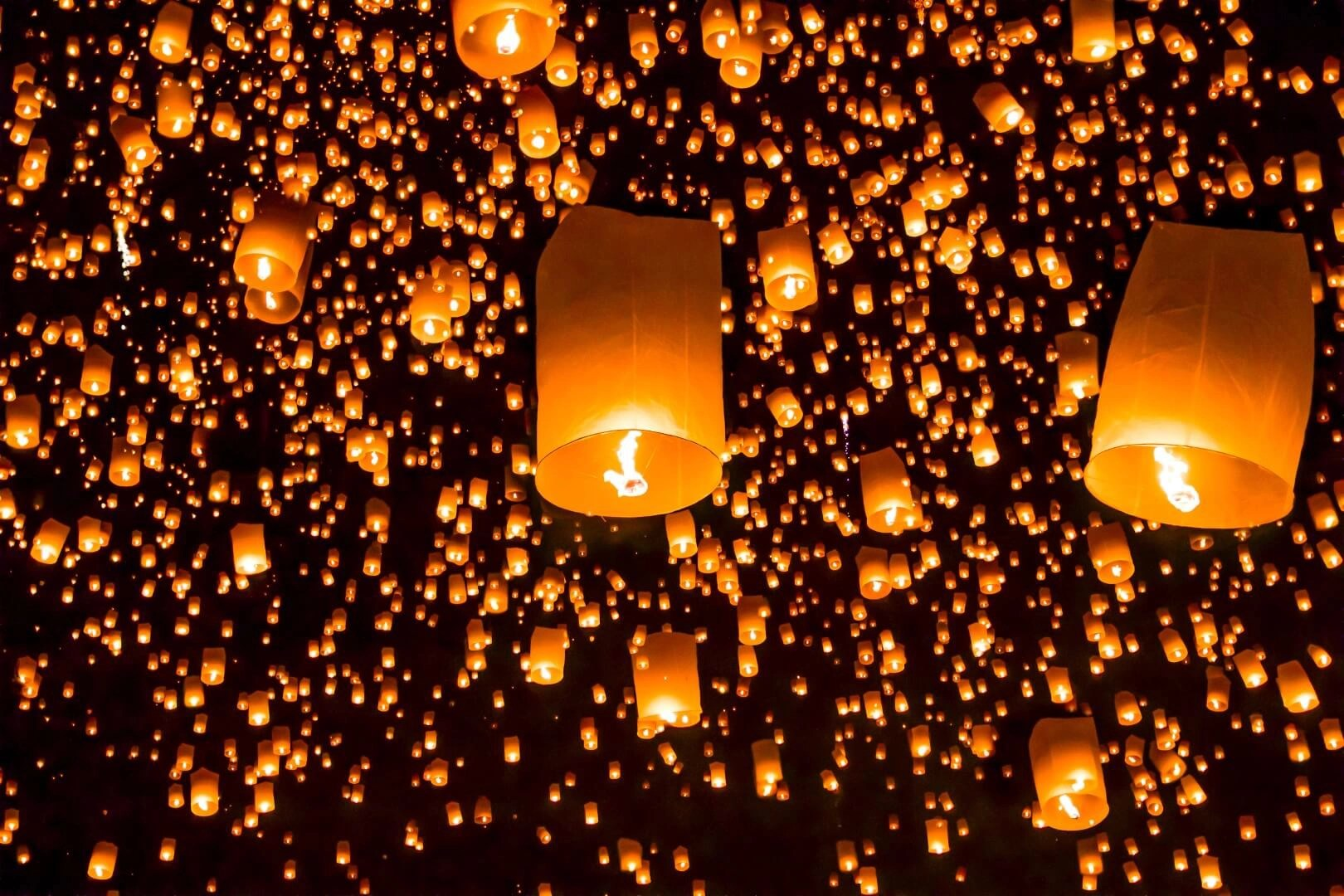 A spectacle of a thousand floating lights: The Chiang Mai Lantern Festival