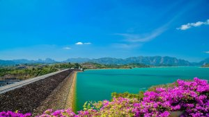 Ratchaprapha Dam, Suratthani, Thailand