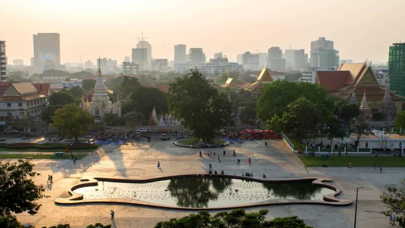 Wat Botum Park, Phnom Penh, Cambodia