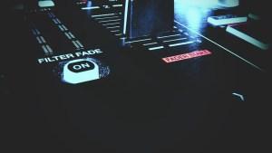 dj-header-2