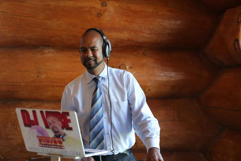 | Professional DJ Service Kitchener-Waterloo