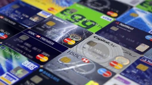 クレジットカードとネット銀行の口座で手軽に遊べる