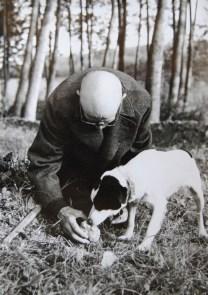 Monsu Morra e il suo Cane da tartufo - Storia del Tartufo Bianco d'alba - Booking Piemonte e Edizioni del Capricorno
