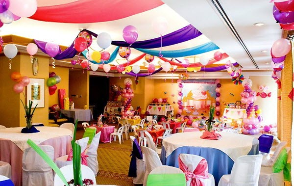 Top 10 Innovative Party Hall Decoration Ideas With Balloons