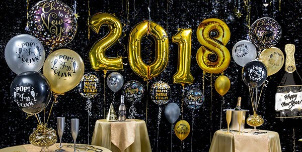 How to Celebrate Your New Year Party With Balloons