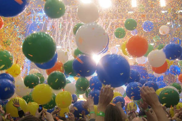 Tips For Creating an Incredible Birthday Party With Latex Balloons