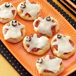 8 Tasty and Spooky Snacks for A Kids Halloween Party Menu in Budget